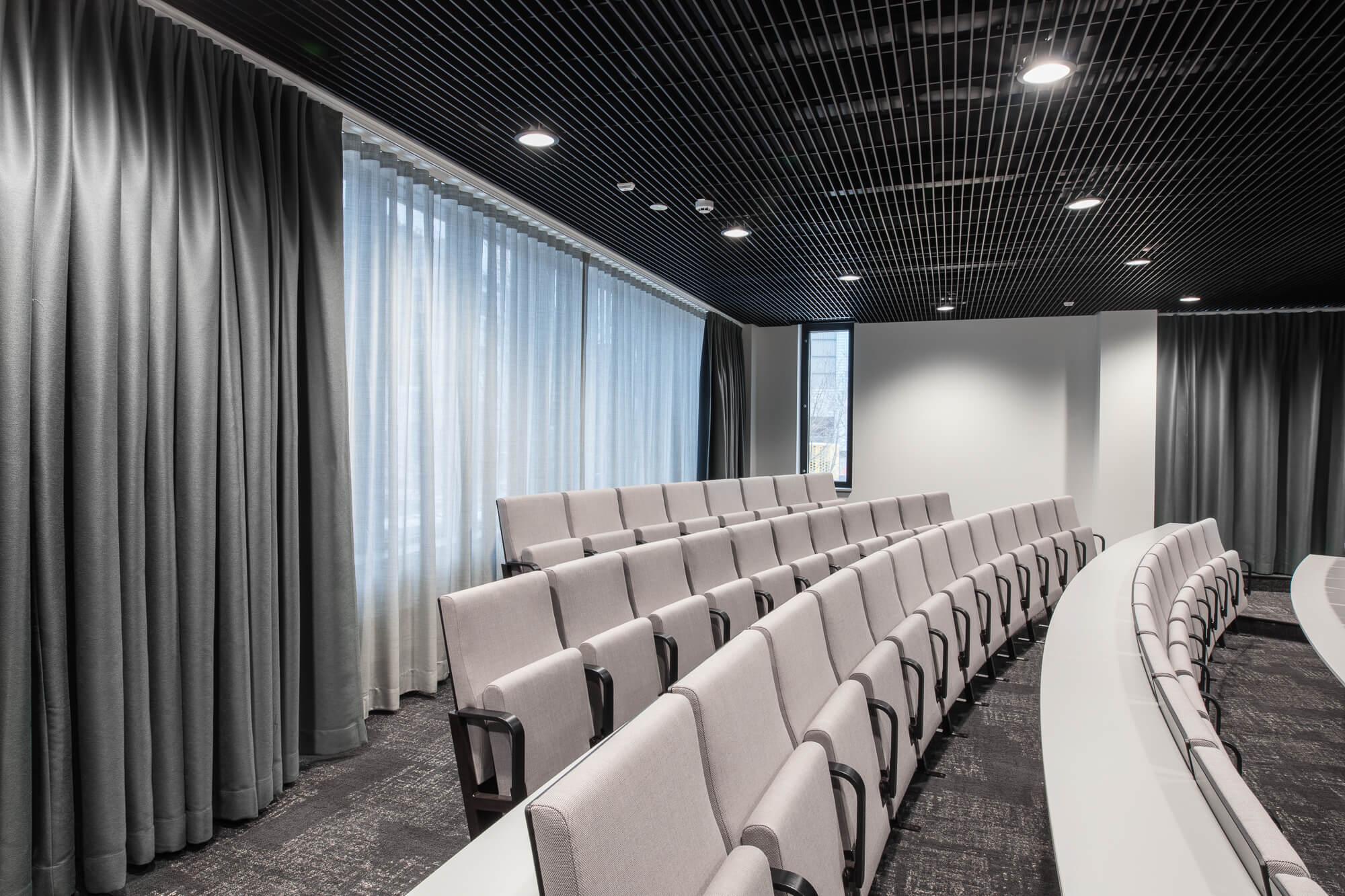 yrityskuvaus_tilakuvaus_auditorio